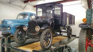 (01-4) 1925 Model TT Trcuk