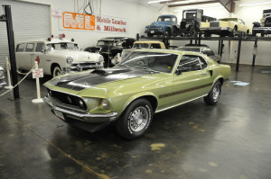 (14-1) 69 Ford Mustang Mach