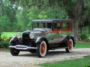 (23) 1929 Lincoln Willoby 7P Limo
