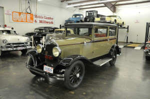 (36-2) 29 Plymouth Model U 2 dr